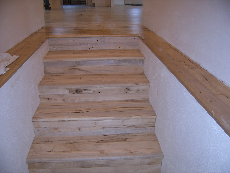 Oregon Wood Stair Treads And Risers Installed Sterlingwoodfloors